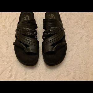Good Comfort Black Slide On Sandals